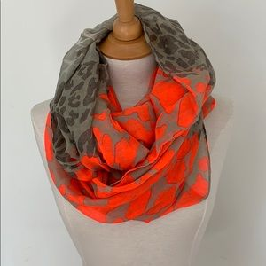Accessories - Camo Infinity Scarf
